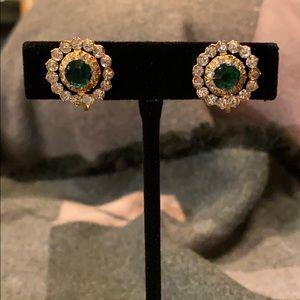 Jewelry - Vintage Sparkly Goldtone Screwback Earrings